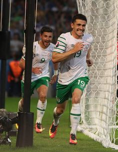 Robbie Brady of Republic of Ireland celebrates after he scores during the UEFA EURO 2016 Group E match between Italy and Republic of Ireland at Stade. Football Stuff, World Football, Football Fans, Jack Charlton, Uefa Euro 2016, 2016 Pictures, Celtic Fc, Soccer Games, Republic Of Ireland