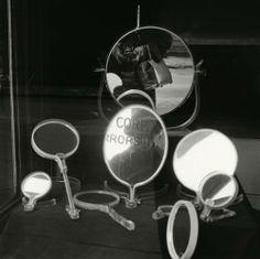 Vivian Maier. Howard Greenberg Gallery, Self-portrait, 1955