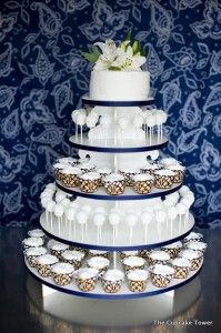 Smash cake, cupcakes and cake pops!