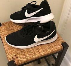 c94f2f0ff122 New Women s Nike Tanjun Black White Sneakers Size 11M