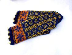 hand knitted blue yellow wool mittens by peonijahandmadeshop Mittens Pattern, Knit Mittens, Hooded Scarf, Fair Isle Pattern, Snowflake Pattern, Linen Bag, Neck Warmer, Wool Yarn, Blue Yellow