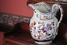 Campbell House (1822), Toronto. Photo credits: Jackman Chiu, via Flickr. Antique Glassware, Bohemian Art, Manor Houses, Polish Pottery, Door Opener, Georgian, Colonial, Toronto, Glass Art