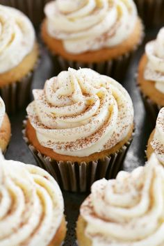 This Banana Cupcakes recipe is a great way to use up those ripe bananas! They are easy to make with a white boxed cake mix. Banana Oat Muffins, Banana Bars, Banana Cheesecake, Cheesecake Desserts, Banana Nut, Ripe Banana Recipe, Banana Ice Cream, Banana Bread Recipes, Healthy Cupcakes
