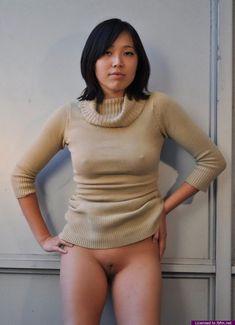 harte nackte brustwarzen