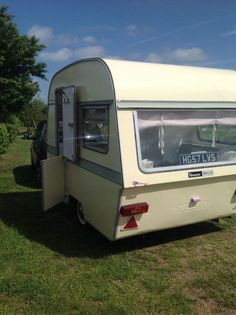 Thomson Mini Glen Vintage Caravan