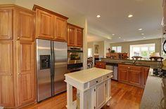 17536 Hackberry Court Eden Prairie MN kitchen www.jasonbarkley.com