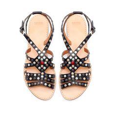 CLAQUETTE À LANIÈRES CLOUTÉE - Chaussures - Femme - ZARA France