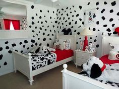 40 Modern Disney Bedroom Designs Ideas For Children - It can be daunting but yet exciting to decorate a kid's bedroom. Nearly anything can be accepted when you decorate a kid's bedroom without worries of . Disney Themed Bedrooms, Bedroom Themes, Girls Bedroom, Bedroom Decor, Bedroom Designs, Childrens Bedroom, Themed Rooms, Bedroom Ideas, Princess Bedrooms