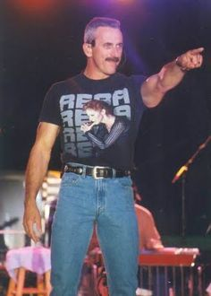 80s country music males singer with bulge | Male Celebrity Bulges: November 2009