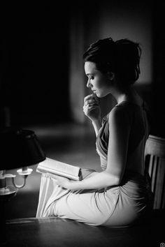 "random-photos-x: ""Late night reading… by Swiatloczuly. (http://ift.tt/1F7CVS0) """