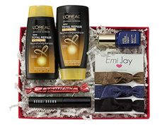 You could win the October Sample Society box (packed with Allure editors' favorite beauty products)!