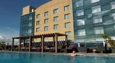 Royal Orchid Central, Pune Pune Boasting a rooftop outdoor pool and a fitness centre, Hotel Royal Orchid Central offers 4-star rooms with modern furnishings, free WiFi and flat-screen TVs. It offers free parking.