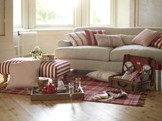 Indoor Picnic Lazy Sunday Afternoon Sofa Uk Styling Modern Loft Heavenly Feathers Lounge Homes Multiyork Furniture