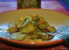 Sałatka szwedzka z ogórków na zimę - przepis ze Smaker.pl Pickles, Cucumber, Food, Kuchen, Essen, Meals, Pickle, Yemek, Zucchini