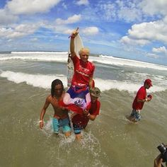 Photo by tatiwest #tatiwest #surfing #isa #winner #champion #kauai
