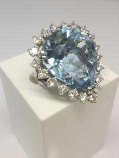 NEW FAV.  Aquamarine and diamond ring.  US$5500