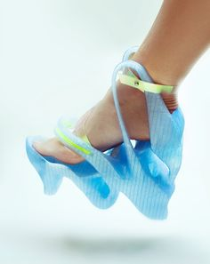 Women's Sneakers : Picture printed shoes by Anna Popova, via Behance - Weird looking but might be functional - I'll look for what printing does for men's shoes - AN Creative Shoes, Unique Shoes, Crazy Shoes, Me Too Shoes, Weird Shoes, Moda 3d, Futuristic Shoes, Funny Shoes, Shoe Boots