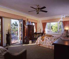 Eagle Inn in Santa Barbara provides comfortable lodging accommodation near the beach, pier, marina, and the main shopping street