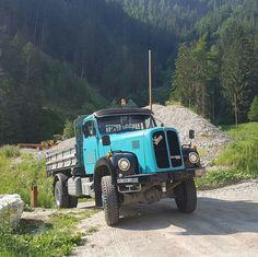 Busa, Transporter, Vintage Trucks, Classic Trucks, Big Trucks, Antique Cars, Transportation, Monster Trucks, Vehicles