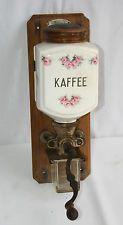 "Alte Wandkaffeemühle ""Leinbrock's Ideal D.R.G.M."", Blumenmuster Kaffeemühle"