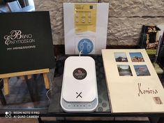 Στην reception του Hotel Rodovoli υπάρχει εγκατεστημένος και έτοιμος προς χρήση ο αποστειρωτής UV με τον οποίον οι επισκέπτες μας έχουν τη δυνατότητα να απαλλάξουν τα smartphone τους και τα προσωπικά τους αντικείμενα όπως ρολόγια, μικρά κοσμήματα ή και κλειδιά από παθογόνους μικροοργανισμούς όπως τα βακτήρια και οι ιοί με τη βοήθεια της υπεριώδους ακτινοβολίας (253,7nm). Η συσκευή χωράει smartphones με οθόνη έως και 7 ιντσών.