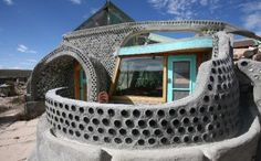 Eco friendly earthship! Such a beautiful way to live:)