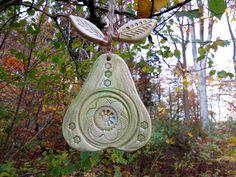 Keramik Birne Baumschmuck Gartendekoration von gedemuck auf DaWanda.com