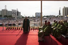 In his first Mass during apostolic trip to Cuba, Pope Francis centered his homily on the Christian call to service, which he said is never ideological, but involves putting our own interests aside for the sake of others.