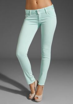 its been decided...mint green is my official color for spring 2012!