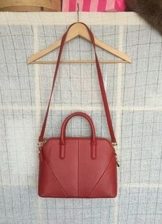 Kupuj mé předměty na #vinted http://www.vinted.cz/damske-tasky-a-batohy/kabelky/15231926-elegantni-taska-zara-s-odepinatelnym-popruhem
