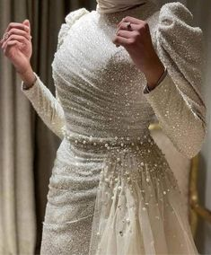 Prom Dresses Long With Sleeves, Wedding Dress Sleeves, Evening Gowns With Sleeves, Fancy Wedding Dresses, Long Sleeve Wedding, Lace Wedding, Elegant Dresses Classy, Elegant Dresses For Women, Pretty Dresses