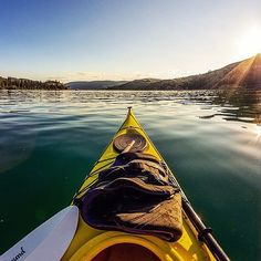 #Repost @funontheroad  Are you waking up close to a #lake? Do like our friends @abitibico find a #kayak and go out there for a #morning #paddle! #getoutthere #getoutstayout #sceneries #livebeyondthebend #sunrise #betheadventure #funonthelake #armorx #kayak #kayaking #wave #sea #ocean #river #adventurer #lifestyle