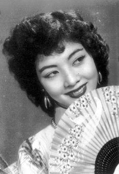 Diễn viên Thẩm Thúy Hằng #hangtran #natural #beauty #vietnamese #tham #thuy #hang #actress #nguoi #dep #binh #duong #celebrity #ao #dai