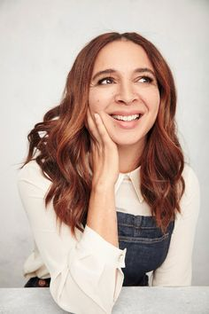 Maya Rudolph Says It's Time We Embrace This Beauty Trait — InStyle Big Nose Beauty, Cute Beauty, Famous Girls, Famous Women, Maya Rudolph, Big Noses, Make Her Smile, Beauty Trends, Freckles