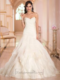 Sweetheart Ruched Bodice Pleated Wedding Dresses with Corset Back