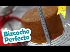 ✔ Homemade BISCUIT recipe, tips and advice for easy, rich and fluffy homemade cake. Homemade vanilla sponge cake, 1234 sponge cake and more. Homemade Biscuits Recipe, Biscuit Recipe, Homemade Cakes, Mexican Food Recipes, Sweet Recipes, Cake Recipes, Vanilla Sponge Cake, Good Food, Yummy Food