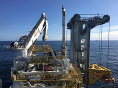 #scottland #kraken field #offshore #fantastic #weather #good #afternoon #exploringglobe #landscapeofnorway #nrkvestfold #nortrip #dreamchasersnorway #offshorelife #northseagigant getting ready for laying cable. #cranes and towers all over  by siv_lea