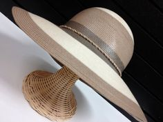 70's Wide Brim Hat in Fashionable Earth Tones by GrandmaUsedToHave, $24.00