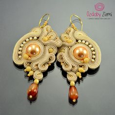 Soutache Earrings Dewi Air Berkrim - will add glamour to any outfit. Ideal for evening styles, handmade #OzdobyZiemi #sutasz #soutache #soutacheearrings #soutachejewelry #earrings #handmadeearrings #handmadejewelry