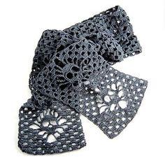 Narrow Crochet Skull Scarf - Free crochet pattern by Karin Kaufmann.