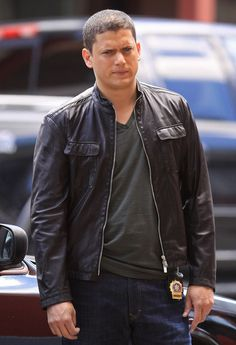 Wentworth Miller Photos Photos - Mariska Hargitay and guest star Wentworth Miller film scenes for the new season of 'Law