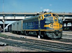 RailPictures.Net Photo: ATSF 238 Atchison, Topeka & Santa Fe (ATSF) EMD F7(A) at Denver, Colorado by Steve Patterson