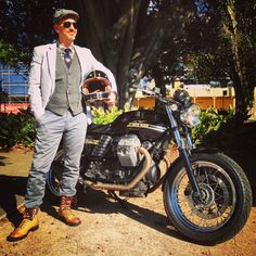 Rocking a 'dapper' look with my Moto Guzzi V7 Classic for The Distinguished Gentleman's Ride Sydney 2014.