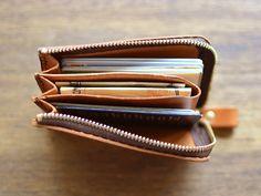ポケットマルチケース(GS-32) | Organ(オルガン) Handmade Leather Wallet, Leather Gifts, Leather Pouch, Leather Art, Leather Design, Card Wallet, Clutch Wallet, Zip Wallet, Leather Workshop