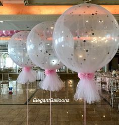 balloons covered in tulle with confetti Tulle Wedding Decorations, Sweet 16 Decorations, Balloon Decorations, Tulle Baby Shower, Baby Shower Gifts, Bridal Shower, Tulle Balloons, Floating Balloons, Tulle Table