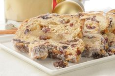 German Recipe: Christmas Stollen Sweet Bread - the only 'christmas' food I can get really excited about! Christmas Cooking, Christmas Desserts, Short Bread, Just Desserts, Dessert Recipes, German Bread, German Stollen Bread Recipe, Bread Recipes, Cooking Recipes