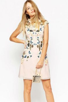 Buy Needle & Thread Eastern Garden Embellished Dress at ASOS. With free delivery and return options (Ts&Cs apply), online shopping has never been so easy. Get the latest trends with ASOS now. Mob Dresses, Blush Dresses, Short Sleeve Dresses, Black Slip Dress, Pink Dress, Needle And Thread Dresses, Vestidos Color Rosa, Asos, Party Dresses Online