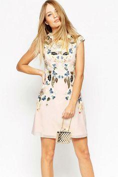 Conviértete en la Invitada Perfecta con la colección de vestidos de las rebajas verano 2016 de ASOS. ¡Te encantarán!  #Modalia | http://www.modalia.es/negocios/tiendas/asos/11628-look-invitada-perfecta-vestidos.html  #asos #vestidos #rebajas