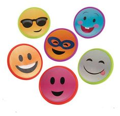 Smile Face Rings - Smile Face Rings These cute rings are sure to put a smile on your face! Girls Sleepover Party, Slumber Parties, Party Kit, Party Shop, Novelty Toys, Loot Bags, Cute Rings, Smile Face, Craft Kits