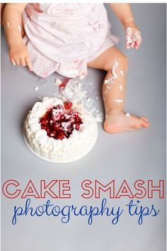 If you want adorable photos of your little one with a cake, you're going to need these cake smash photography tips! Try taking them yourself or hire a photographer!